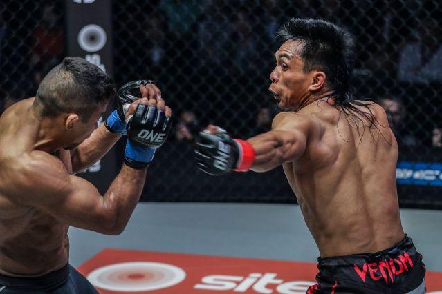 Bibiano Fernandes, Kevin Belingon (© ONE Championship)