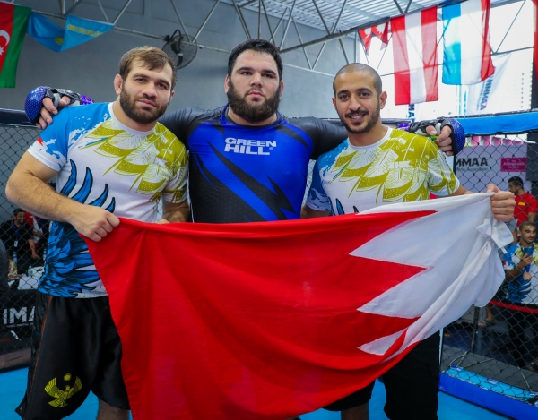 Eldar Eldarov, Pasha Kharkhachaev, Khalid bin Hamad Al Khalifa (©BRAVE Combat Federation)