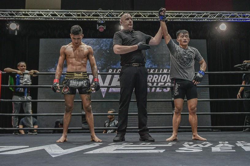 Alber Correia da Silva, Olivier Coste, Dave Bangguigui (©ONE Championship)