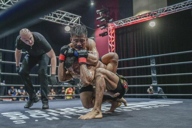 Olivier Coste, Alber Correia da Silva, Dave Bangguigui (©ONE Championship)