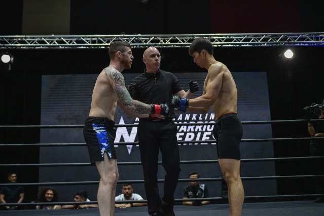 Alan Philpott, Olivier Coste, Kim Myeong Gu (©ONE Championship)