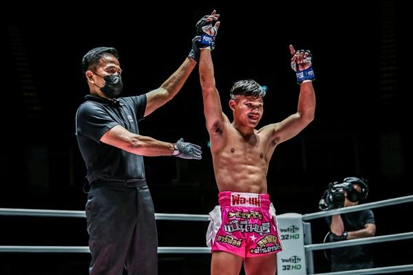 Yongsak Na Songkhla, Sok Thy (©ONE Championship)