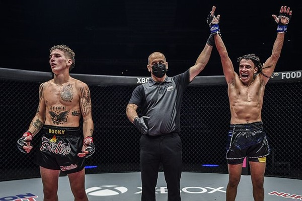 Rocky Ogden, Elias Dolaptsis, Joseph Lasiri (©ONE Championship)
